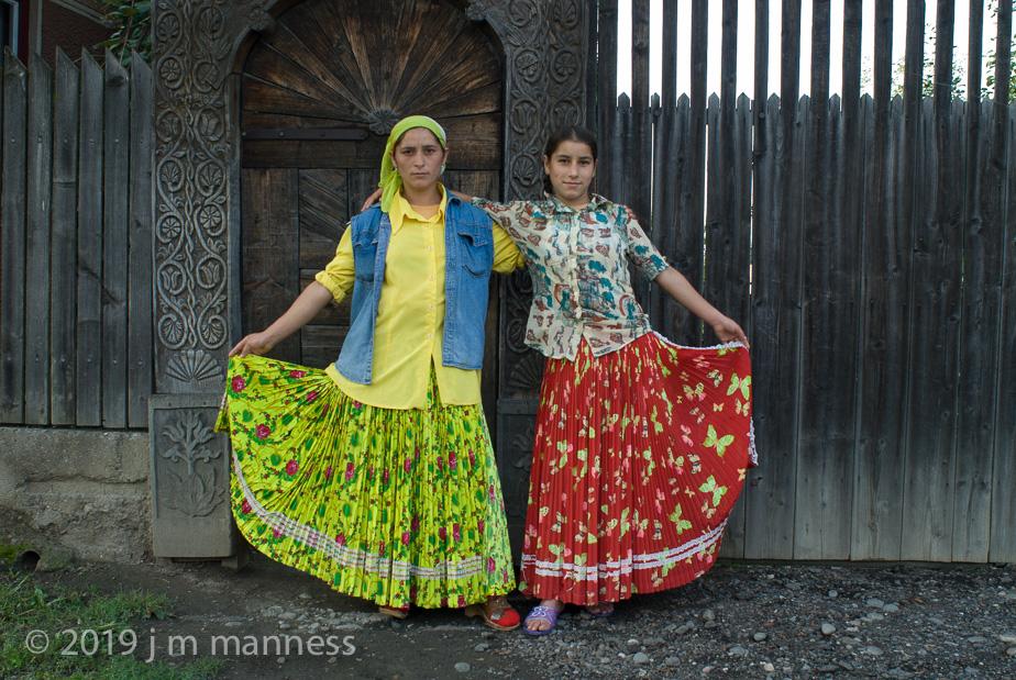 2 Girls - Transylvania, Romania